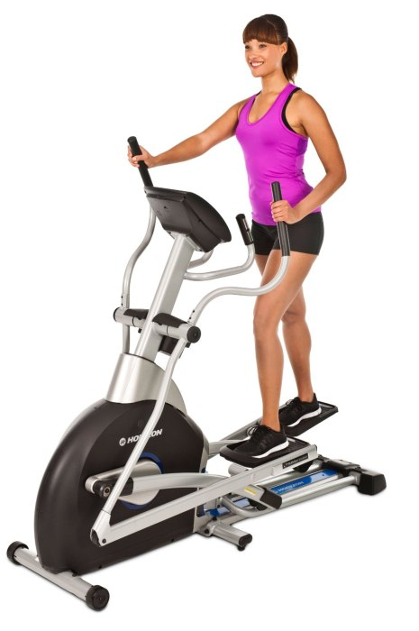 Preset workout programs are designed around the 3 main goals of weight loss, interval training, and performance