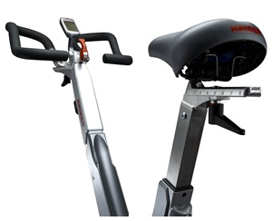 The ergonomic shape of the handlebars provides you with a wide variety of potential grip positions to suit your preferred cycling style